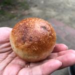 三好パン - チョコとクルミ
