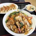 台湾料理 福源 - 中華丼と餃子