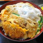 ふくみ食堂 - 料理写真:かつ丼 700円。