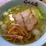 らーめん家 - 料理写真:醤油ラーメン