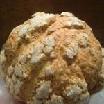 メロンパンファクトリー - ロイヤルミルクティーメロンパン