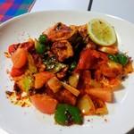 60673033 - フィッシュデビル 950円(税込)  カジキマグロといろいろ野菜のトマトソース炒め。いろんなスパイス入りで美味かった。