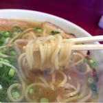 豚平 - リフト プリ麺