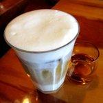 喫茶 りんどん - アイスカフェオーレ!(2016,12/25)