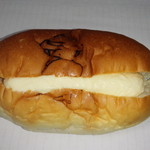 大平製パン - カスタードコッペ