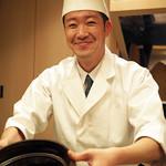 麻布十番 ふくだ - 「麻布十番 ふくだ」のご亭主、福田和人さん。笑顔が素敵だね♪