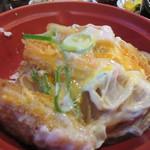 60682470 - カツ丼はやや小ぶりのミニカツ丼、これでも蕎麦と一緒なんでお腹一杯になりました。