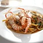 ナポリ、アマルフィ料理 Ti picchio - 手長海老のリングイネ
