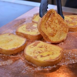 愛情を込めて焼くひとつひとつのフレンチトースト