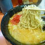 60694354 - 加藤ラーメンの旭川麺