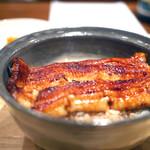翏 - 鰻丼