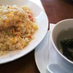60698527 - ―2016.12.31―                       ずわい蟹入りチャーハンとスープ