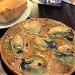カウンティ クレア - 大粒牡蠣の窯焼き ガーリックバター