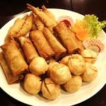 中華料理 琨泰 - 揚げ物三種盛り(春巻き、エビフライ、エビだんご)