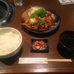 60701167 - ホルモン焼き定食(¥850税別)