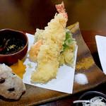 樹ノー - 大海老天ぷら、おにぎり、ひじき煮