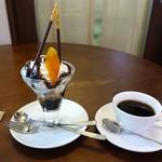 む~す - チョコレートパフェ コーヒー