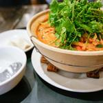 雪梅花 - 麻辣鍋麺