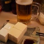 学大酒場エビス参 - わがままいって特別に絹ごし豆腐を山葵醤油でm(_ _)mアリガトウ