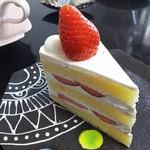 こぐま洋菓子店 - ショートケーキ