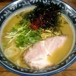 佐市 - らぁ麺:900円