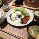 60711590 - チキン南蛮定食(1,250円)