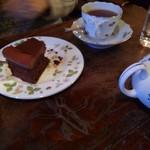 60712230 - ガトーショコラ、紅茶
