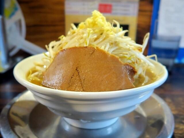 ラーメン ヤスオ - ヤスじろう¥850(ニンニクショウガ)