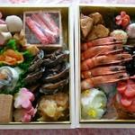るたん - 料理写真:こちらが今年のおせちです。