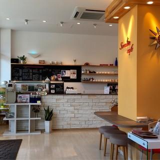 駅前1分♪イートイン可能なカフェ併設☆