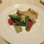 崎陽軒本店 嘉宮 - 旬彩コース③春野菜とカレイ、真イカのソテー
