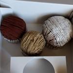 60747415 - 左から、ショコラモンブラン、(季節の)紅茶モンブラン、オリジナルモンブラン。