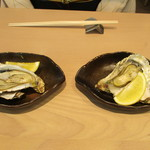三重テラス - 焼き牡蠣と蒸し牡蠣