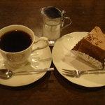 珈琲工房 - 珈琲とケーキ