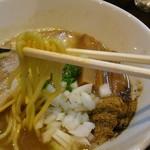 60750107 - らーめん 濃厚豚骨魚介。麺はカネジン食品製