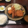 富金豚 - 料理写真:とんかつと海老フライ 蟹クリームコロッケ定食201611