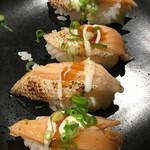和民 - 2017年1月  サーモンハラスの炙り寿司