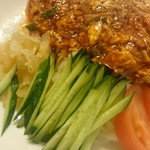60752398 - ザージャン麺