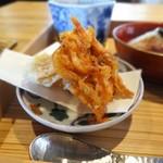 60752525 - 桜海老と干し柿の天ぷら