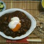 山本館 - 料理写真:温たまカレー