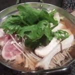 炭火天国 政清 裏路地編 - 鶏鍋