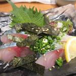 ソラエ・ダイニング 海鮮 七菜彩 - 新鮮なサバのお刺身が食べれるのは長浜市場が近い福岡の強みですよね。