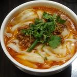 屏南 - マーラー刀削麺
