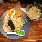 ラーメン 龍の家 - つけ麺もつ並盛りスペシャル