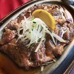 ロード・レーウ - 料理写真:レモンステーキ