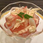 60770065 - コラーゲンとズワイ蟹と湯葉の赤酢あえ