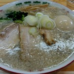 60774881 - 白の半熟煮玉子中華そば(普通)