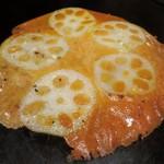 やきやき鉄板 ぼんくら家 - レンコンと5種のチーズ鉄板焼