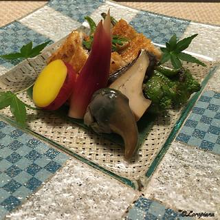 寺沢 - 料理写真:煮鮑に肝、万願寺唐辛子に丸十に茗荷の甘酢漬