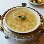 chuugokuryouritouri - 蟹と大根のスープ